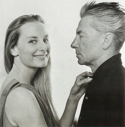 Με την τρίτη σύζυγό του - μοντέλο