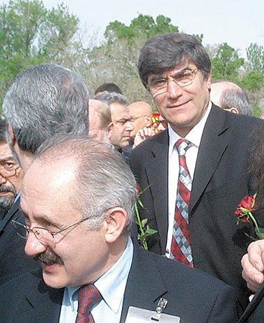 Τανέρ Ακτσάμ  και Χραντ Ντινκ